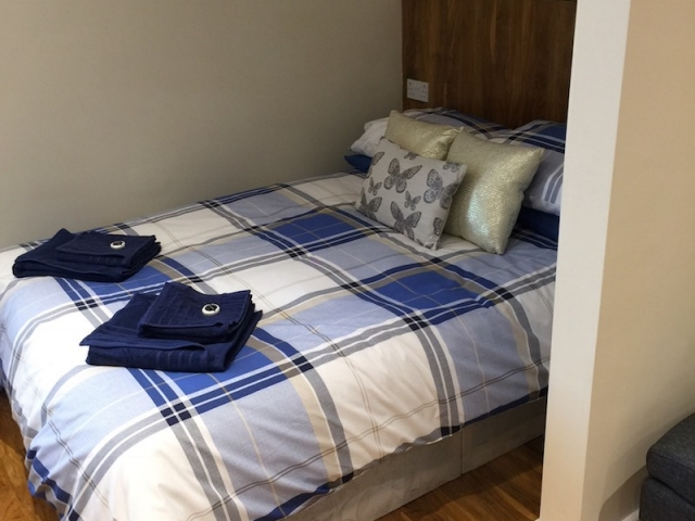 Deluxe Apartment, Bed